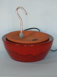 Bebedouro Fonte p/gatos Requinte vermelho c/filtro, 2,0 lts. + BRINDES
