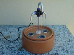 Bebedouro Fonte 3 saídas, 3,5 litros c/filtro e bomba - Base grande